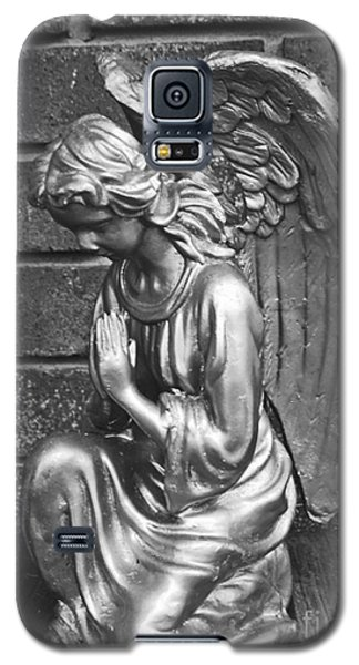Kneeling Angel Galaxy S5 Case