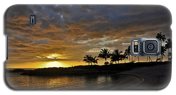 Galaxy S5 Case featuring the photograph Golden Paradise by Gina Savage