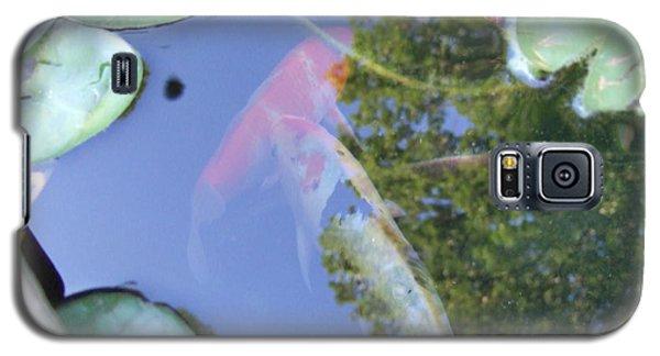 Galaxy S5 Case featuring the photograph Koi by Deborah DeLaBarre