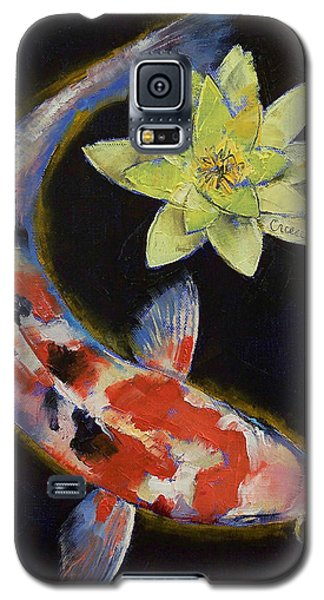 Koi With Yellow Water Lily Galaxy S5 Case by Michael Creese