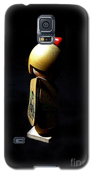 Galaxy S5 Case featuring the photograph Kokeshi by Lawrence Burry