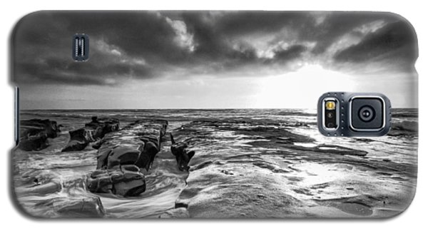 La Jolla In Black And White Galaxy S5 Case by Robert  Aycock