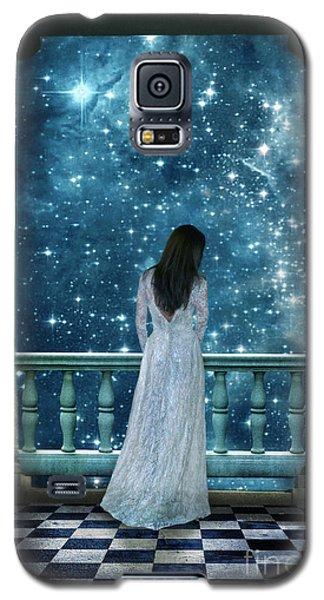 Lady On Balcony At Night Galaxy S5 Case