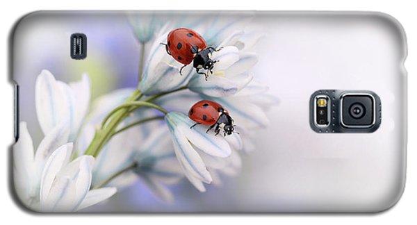 Ladybug Galaxy S5 Case - Ladybirds by Ellen Van Deelen