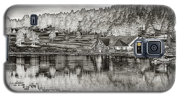 Lake House Reflection Galaxy S5 Case