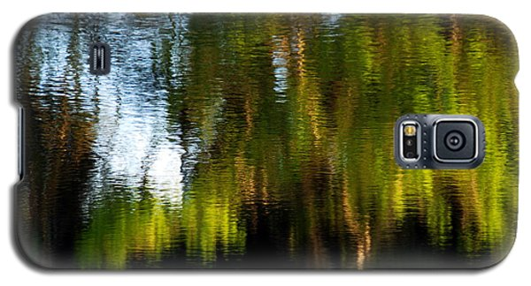 Galaxy S5 Case featuring the photograph Lake In Green by Lorenzo Cassina