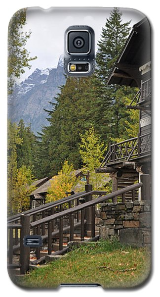 Lake Mcdonald Lodge In Glacier National Park Galaxy S5 Case