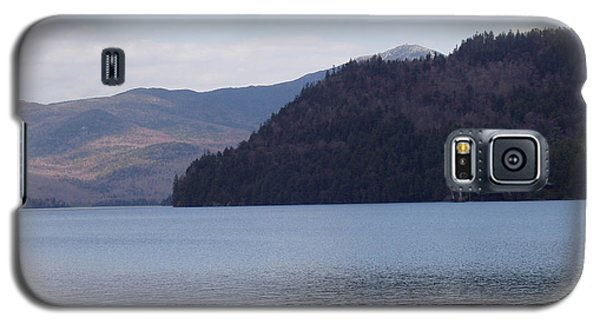 Galaxy S5 Case featuring the photograph Lake Placid Mountains by John Telfer