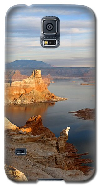 Galaxy S5 Case featuring the photograph Lake Powell From Alstrum Pt 12 by Jeff Brunton