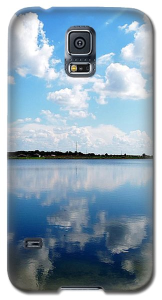 Galaxy S5 Case featuring the photograph Lake Sears 000 by Chris Mercer