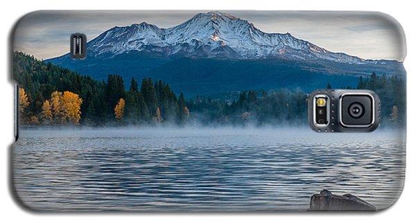 Lake Siskiyou Morning Galaxy S5 Case by Greg Nyquist