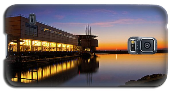 Galaxy S5 Case featuring the photograph Lakefront Sunrise by Jonah  Anderson