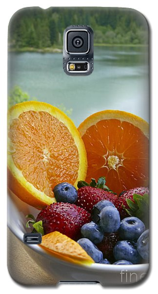 Galaxy S5 Case featuring the photograph Lakeside Fruit Bowl by Maria Janicki