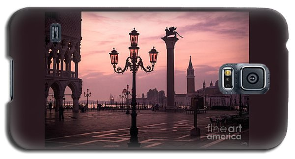 Lamppost Of Venice Galaxy S5 Case