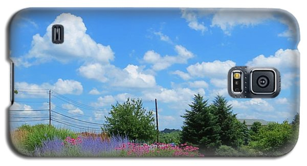 Galaxy S5 Case featuring the photograph Lancaster County Pa Summer Day by Jeanette Oberholtzer