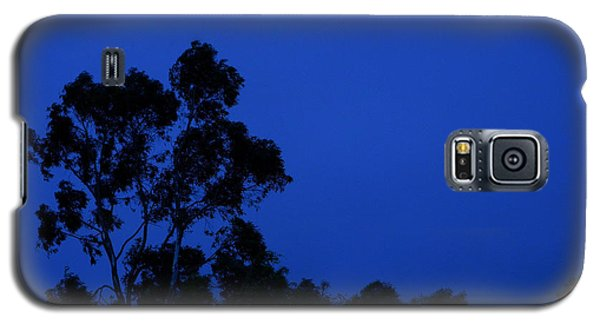 Galaxy S5 Case featuring the photograph Blue Landscape by Mark Blauhoefer