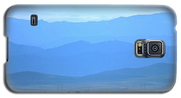 Galaxy S5 Case featuring the photograph landscape of North CA by Rima Biswas