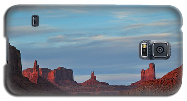 Galaxy S5 Case featuring the photograph Last Light In Monument Valley by Alan Vance Ley