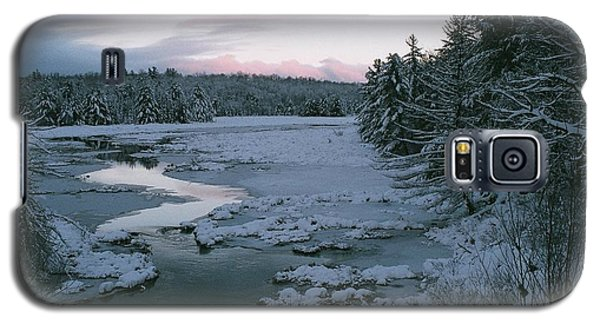 Galaxy S5 Case featuring the photograph Late Afternoon In Winter by David Porteus