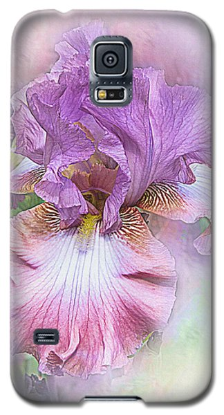 Galaxy S5 Case featuring the digital art Lavendar Dreams by Mary Almond