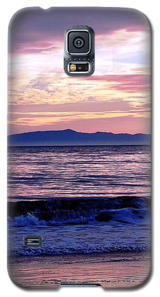 Galaxy S5 Case featuring the photograph Lavender Sea by Sue Halstenberg