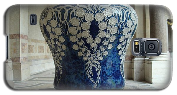 Galaxy S5 Case featuring the photograph Le Vase Bleu by Kay Gilley