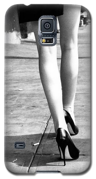 Galaxy S5 Case featuring the photograph Legs New York by Rebecca Harman