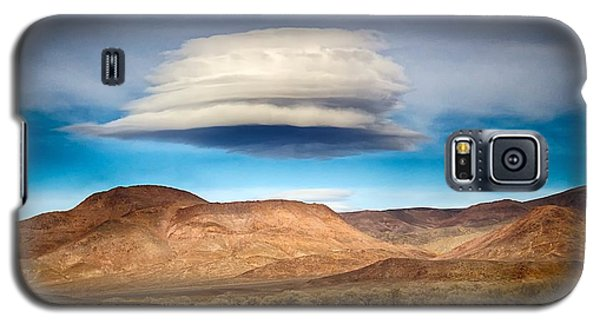 Galaxy S5 Case featuring the photograph Lenticular Cloud Ft. Churchill State Park Nevada by Michael Rogers