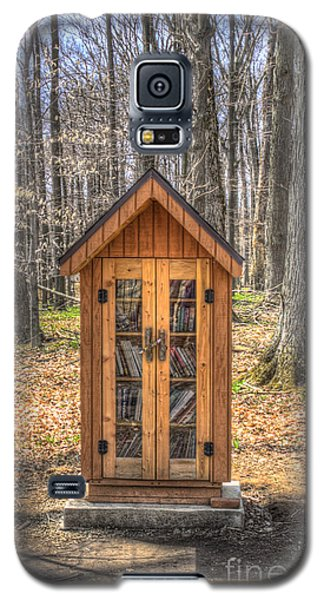 Library In The Woods Galaxy S5 Case