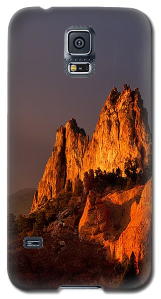 Galaxy S5 Case featuring the photograph Light On The Rocks by Ronda Kimbrow