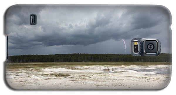 Lightening At Yellowstone Galaxy S5 Case by Belinda Greb