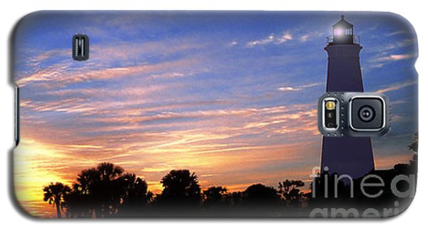 Lighthouse At Sunset Galaxy S5 Case