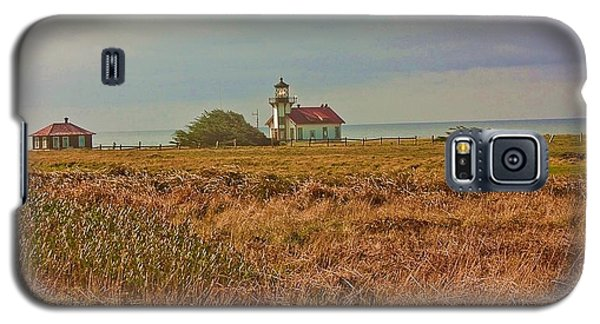 Galaxy S5 Case featuring the photograph Lighthouse by Brian Williamson