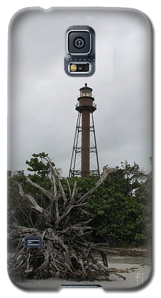 Galaxy S5 Case featuring the photograph Lighthouse On Sanibel Island by Christiane Schulze Art And Photography