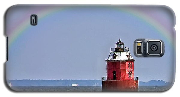 Lighthouse On The Bay Galaxy S5 Case by Brian Wallace