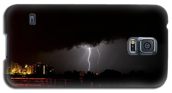 Galaxy S5 Case featuring the photograph Lightning 10 by Richard Zentner