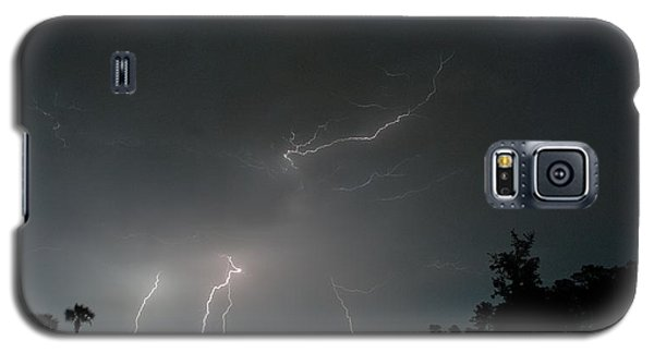Galaxy S5 Case featuring the photograph Lightning 6 by Richard Zentner