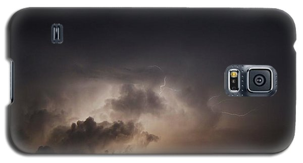 Galaxy S5 Case featuring the photograph Lightning 8 by Richard Zentner