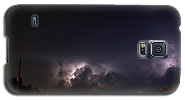 Galaxy S5 Case featuring the photograph Lightning 9 by Richard Zentner
