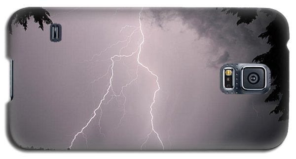 Lightning At The Lake Galaxy S5 Case by Barbara West