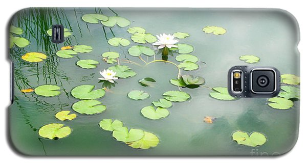 Galaxy S5 Case featuring the photograph Lilly Pads by Erika Weber