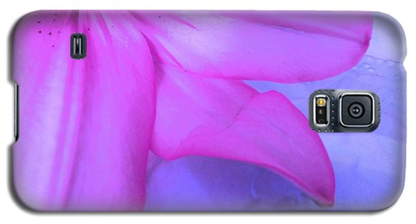 Lily - Digital Art Galaxy S5 Case by Robyn King