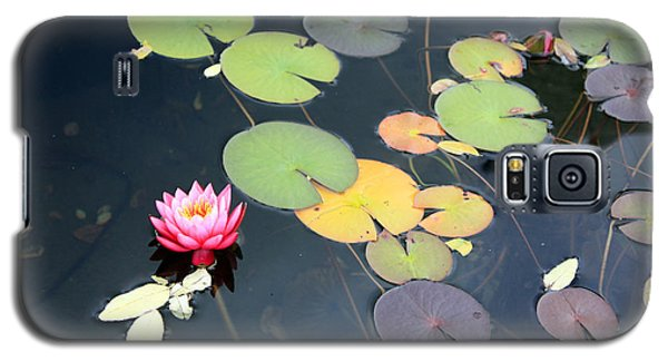 Galaxy S5 Case featuring the photograph Lily Pond by Gerry Bates