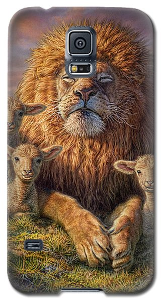 Wildlife Galaxy S5 Case - Lion And Lambs by Phil Jaeger