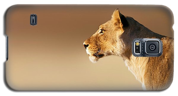 Cats Galaxy S5 Case - Lioness Portrait by Johan Swanepoel