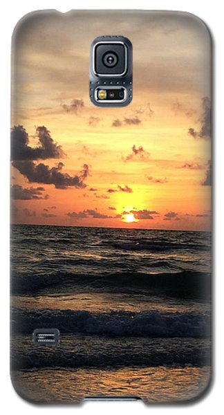 Lips Of Waves Galaxy S5 Case