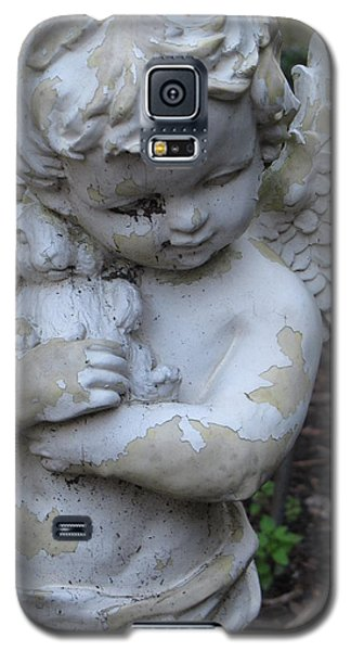 Galaxy S5 Case featuring the photograph Little Angel by Beth Vincent