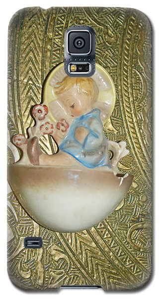 Newborn Boy In The Baptismal Font Sculpture Galaxy S5 Case