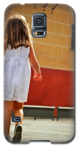 Little Girl In White Dress Galaxy S5 Case