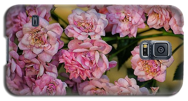 Little Pink Roses For You Galaxy S5 Case